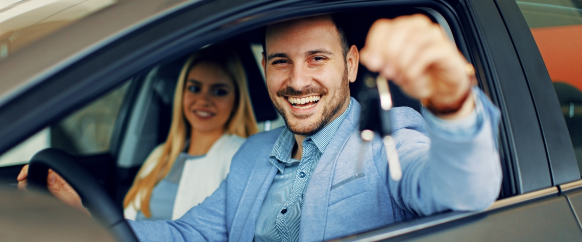 A personal car loan customer from Ephrata National Bank in his car