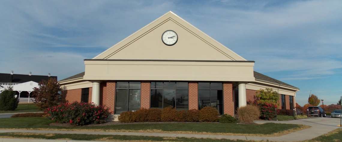 Exterior image of the Ephrata National Bank in the Manheim PA location